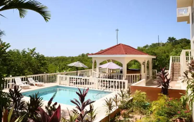 Luxury Guesthouse for sale in Falmouth Jamaica