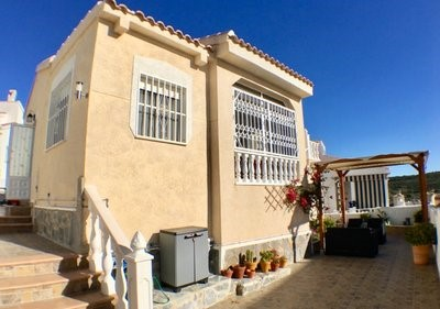 Villa For Sale in Ciudad Quesada Rojales Alicante Spain