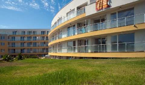 1530521797-sell-property-apartment_for_sale_in_bayview_complex_tsarevo_bulgaria_5.jpg