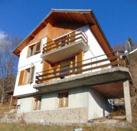 1530695196-sell-property-house_for_sale_in_slaveyno_smolyan_bulgaria_2.jpg