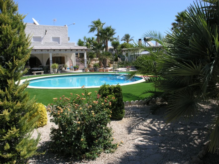 5 bedroom Villa For Sale in Elche Elx Spain