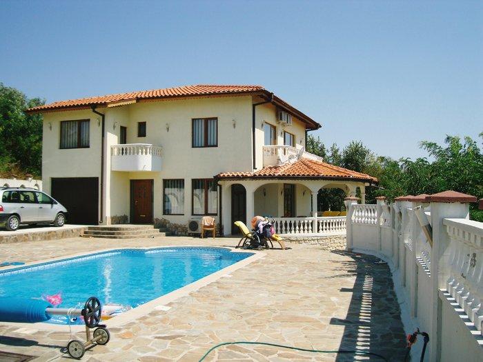 1532351753-sell-property-private_villa_for_sale_in_kalimantsi_bulgaria_8.jpg