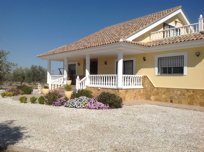 Villa For Sale in Puerto Lumbreras Murcia Spain