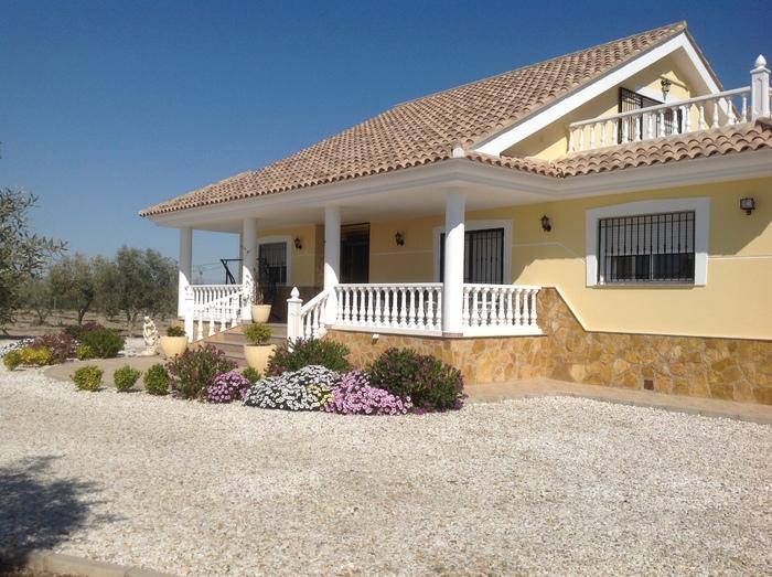 Villa For Sale in Puerto Lumbreras Murcia Spain