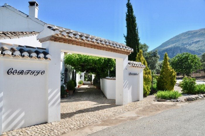 Detached House For Sale in Villanueva del Trabuco Malaga Spain