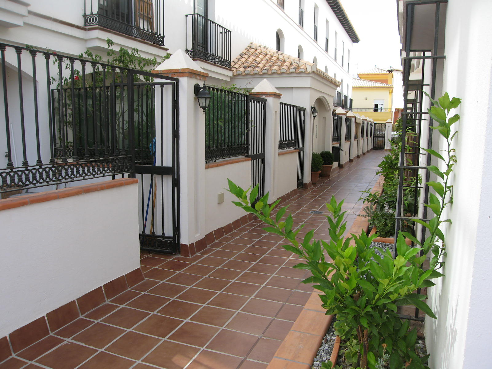 Apartment For Sale in Velez de Benaudalla Granada Spain