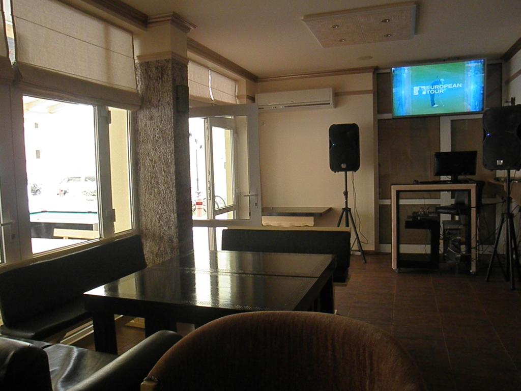 1540894549-sell-property-one_bedroom_apartment_for_sale_in_sea_dreams_sunny_beach_bulgaria_10.jpg