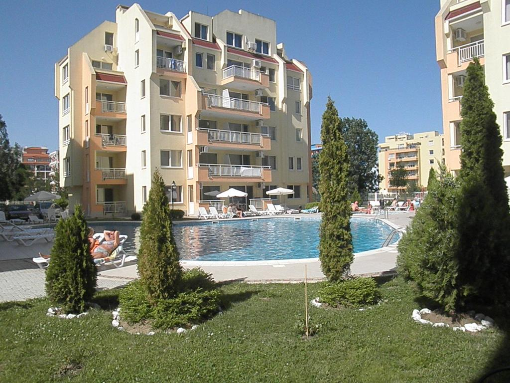1540894549-sell-property-one_bedroom_apartment_for_sale_in_sea_dreams_sunny_beach_bulgaria_2.jpg