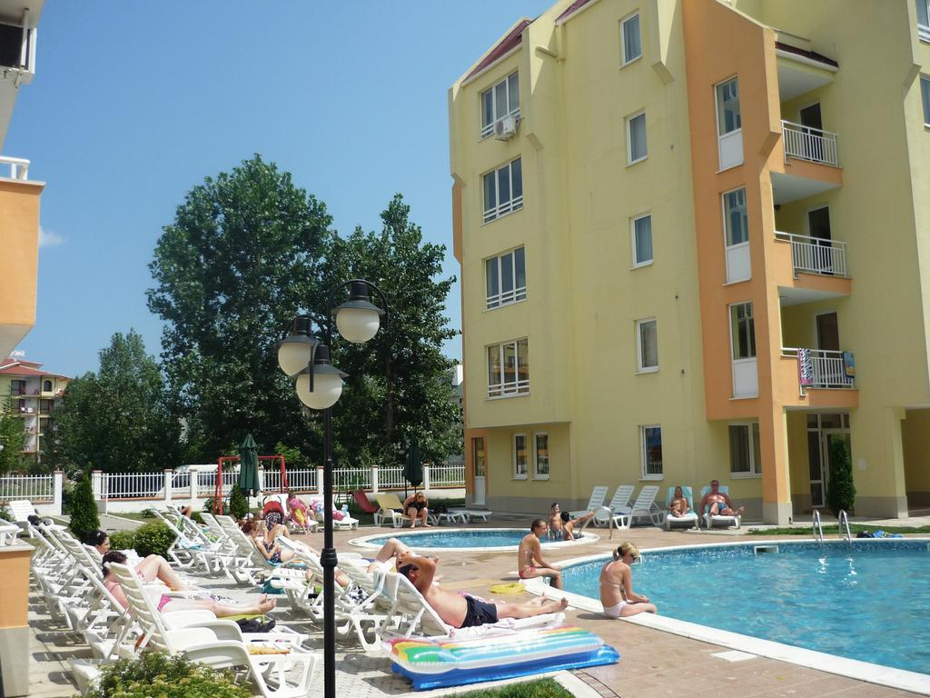 1540894549-sell-property-one_bedroom_apartment_for_sale_in_sea_dreams_sunny_beach_bulgaria_5.jpg