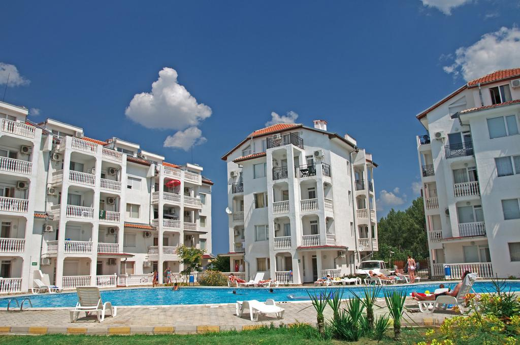 1542107120-sell-property-apartment_for_sale_in_bravo_5_complex_bulgaria_5.jpg