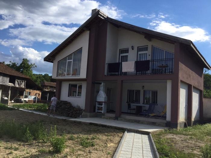 1542388637-sell-property-b12f13e8-4080-4a25-8694-acb373f54695.jpeg