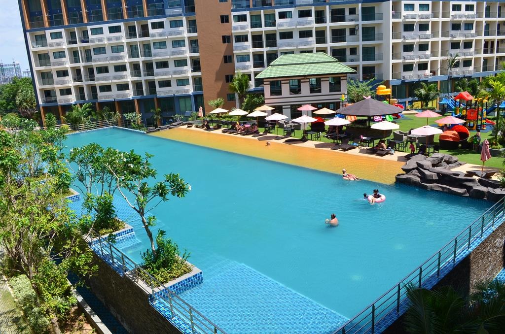 Apartment For Sale in Laguna Beach Jomtien Thailand
