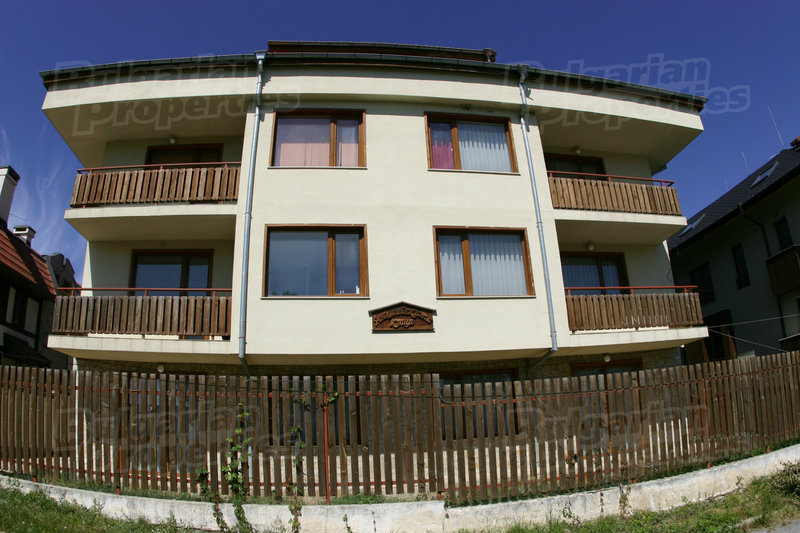 1544625166-sell-property-property_for_sale_in_english_house_bansko_bulgaria_2_.jpg