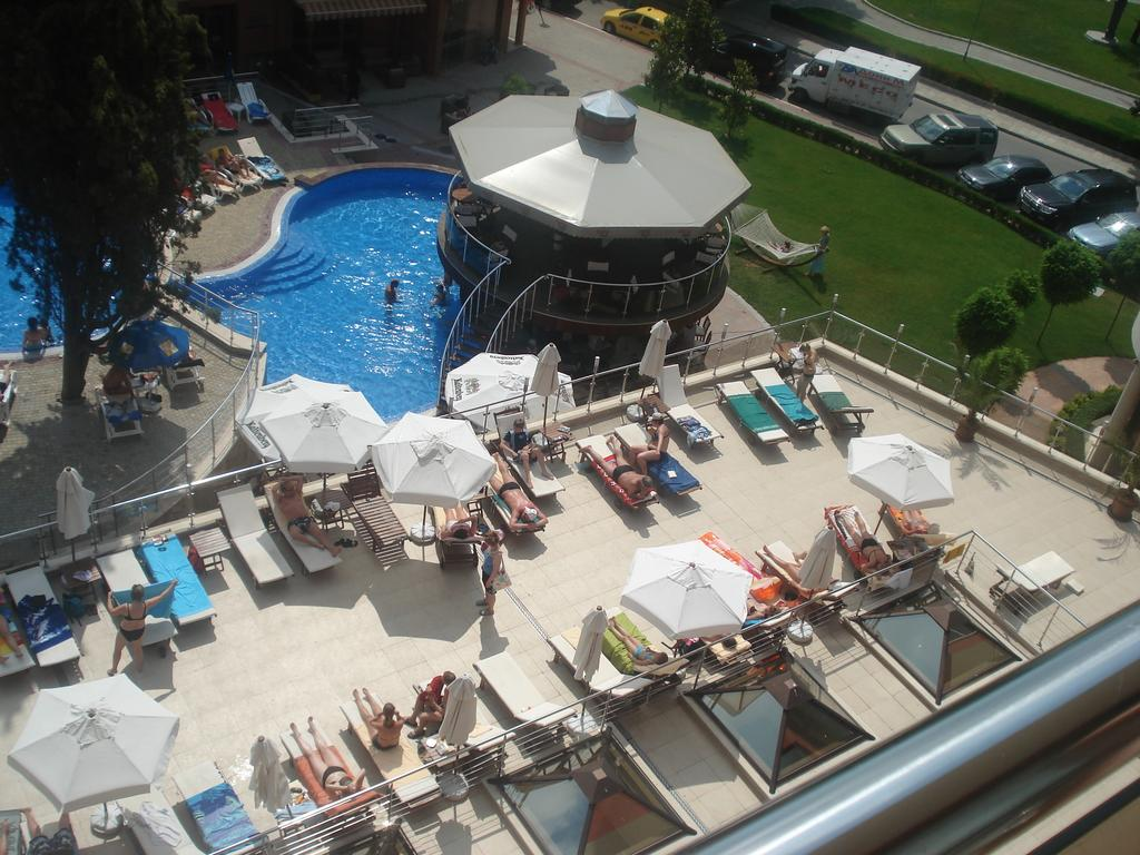 1548064415-sell-property-studio_apartment_for_sale_in_panoroma_beach_bulgaria_6.jpg