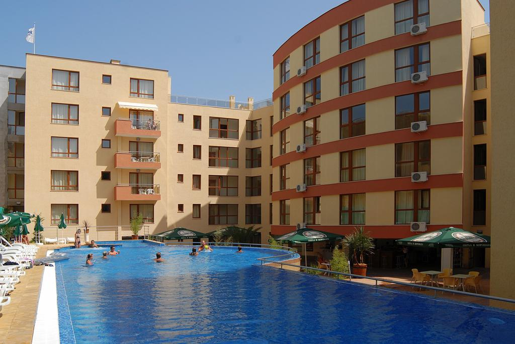 1548065674-sell-property-studio_apartment_for_sale_in_panoroma_beach_bulgaria_5.jpg