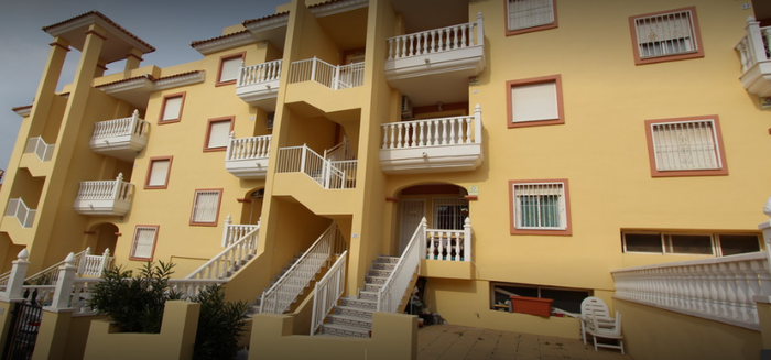 Apartment For Sale in Villamartin Spain