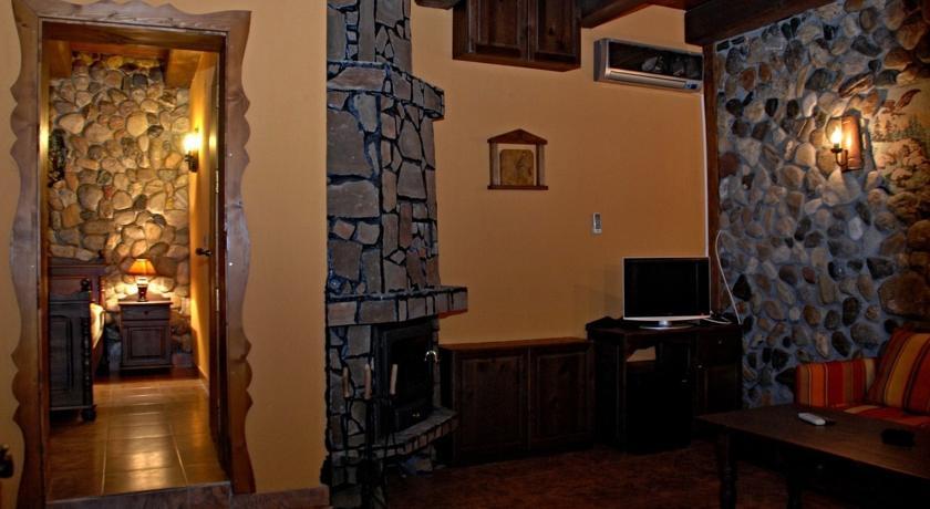 1552563835-sell-property-46812624.jpg