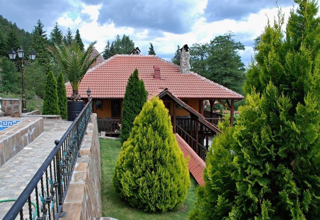 1552564008-sell-property-46812606.jpg