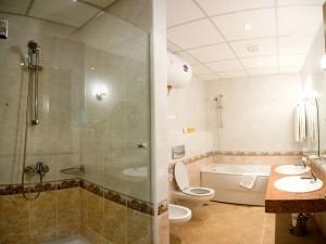 1562875885-sell-property-bathroom1.jpg