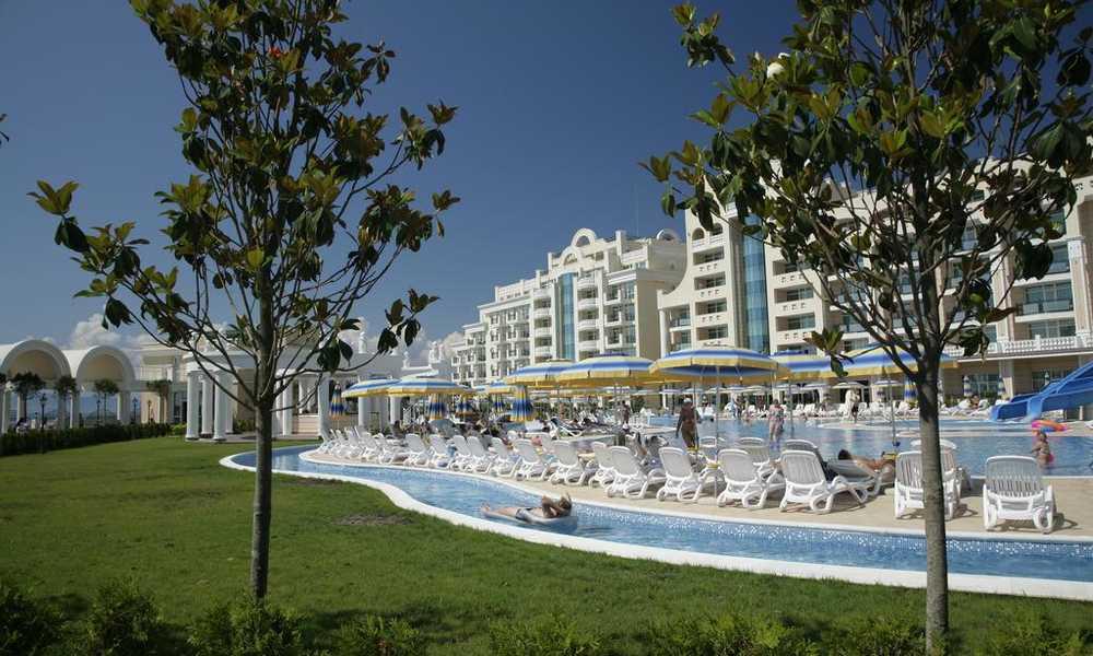 1563189133-sell-property-sunset-resort_(2).jpg