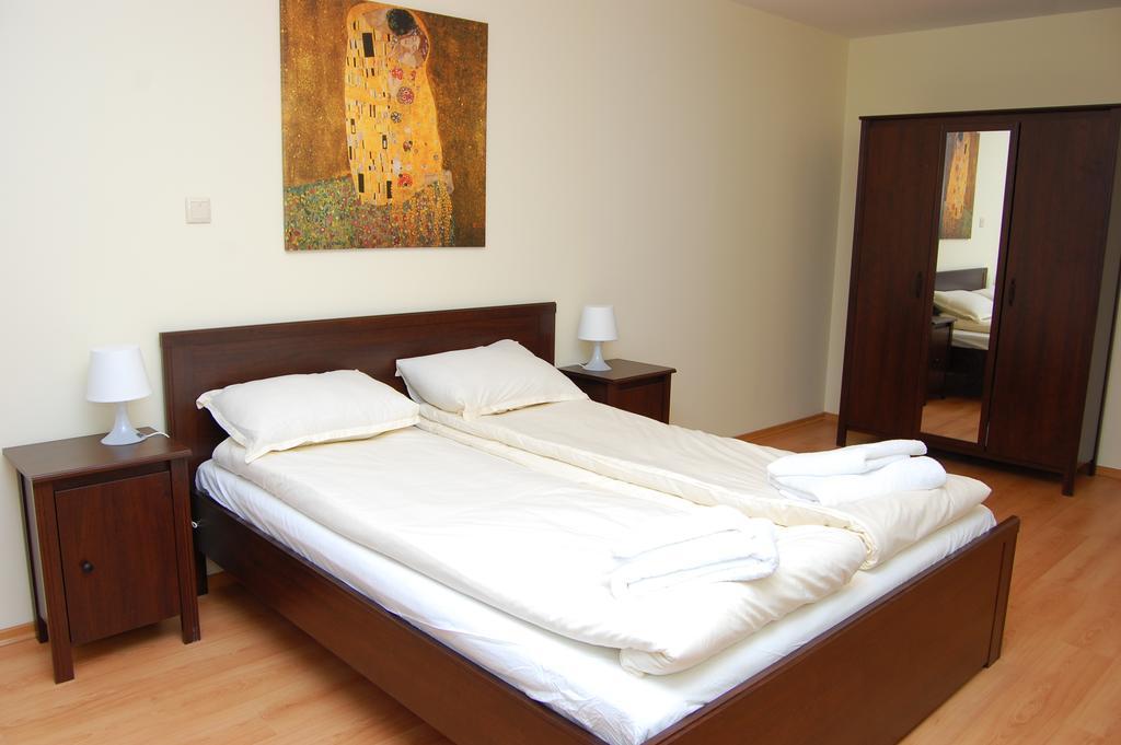 1569344613-sell-property-63114738.jpg