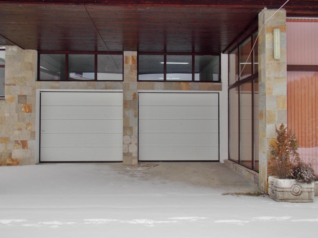 1569344847-sell-property-60708285.jpg