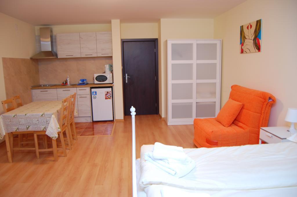1569344960-sell-property-61133090.jpg