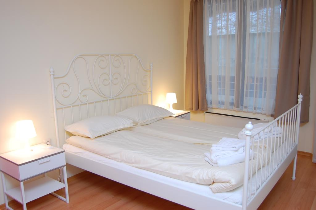 1569344976-sell-property-61133061.jpg