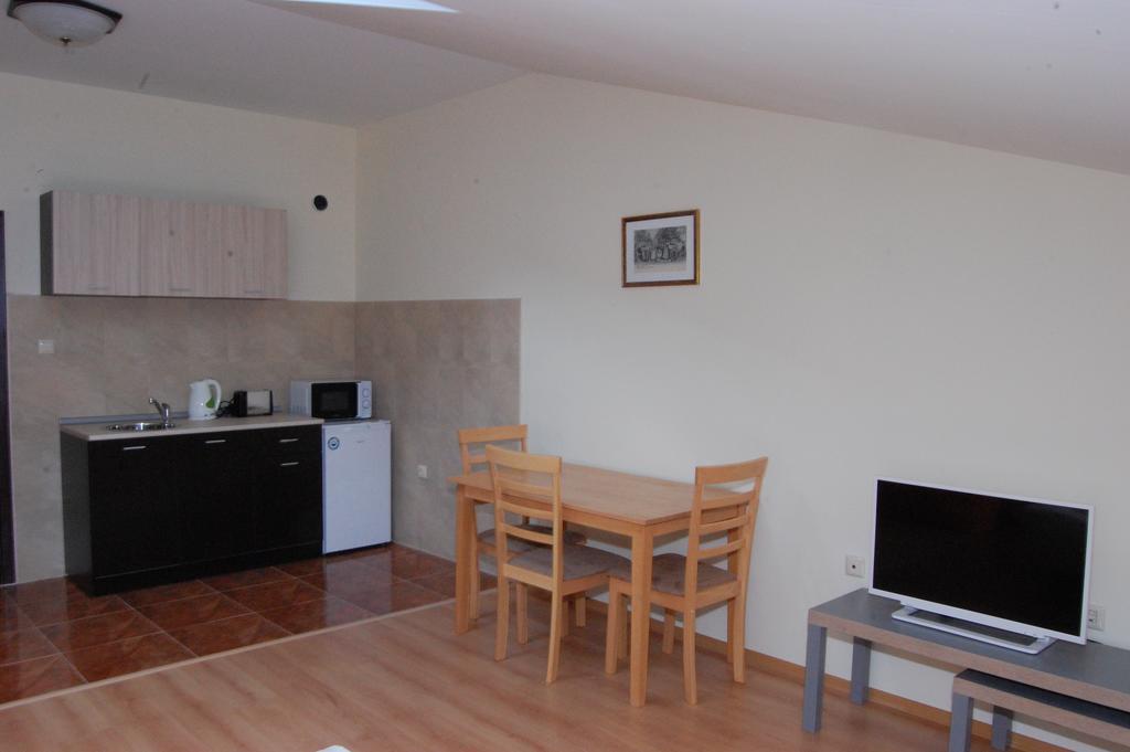 1569345189-sell-property-85675963.jpg