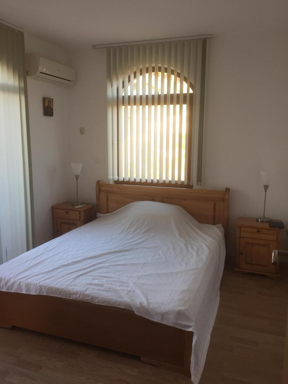 1572345918-sell-property-thumbnail_(9).jpg