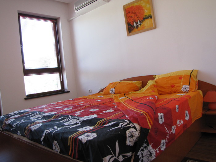 1573117024-sell-property-master_bedroom.JPG