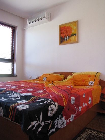 1573117024-sell-property-master_bedroom_2.JPG