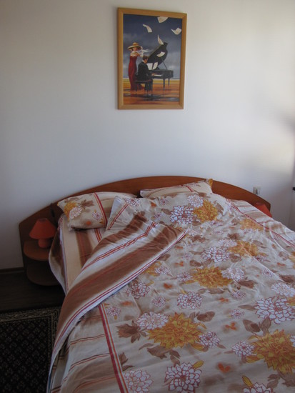 1573117027-sell-property-second_bedroom_1.JPG