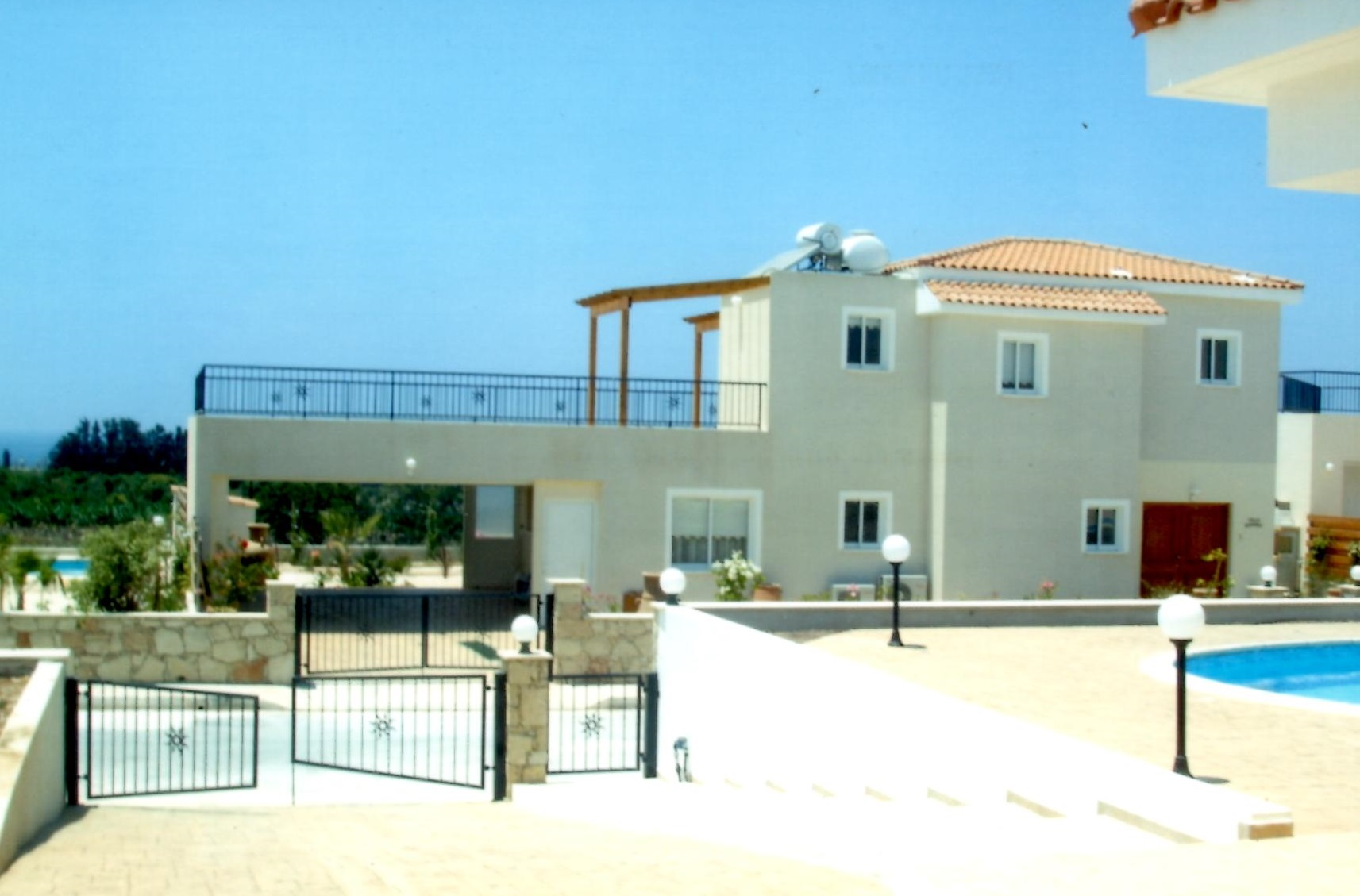 3 bed villa in st Georges Peyia