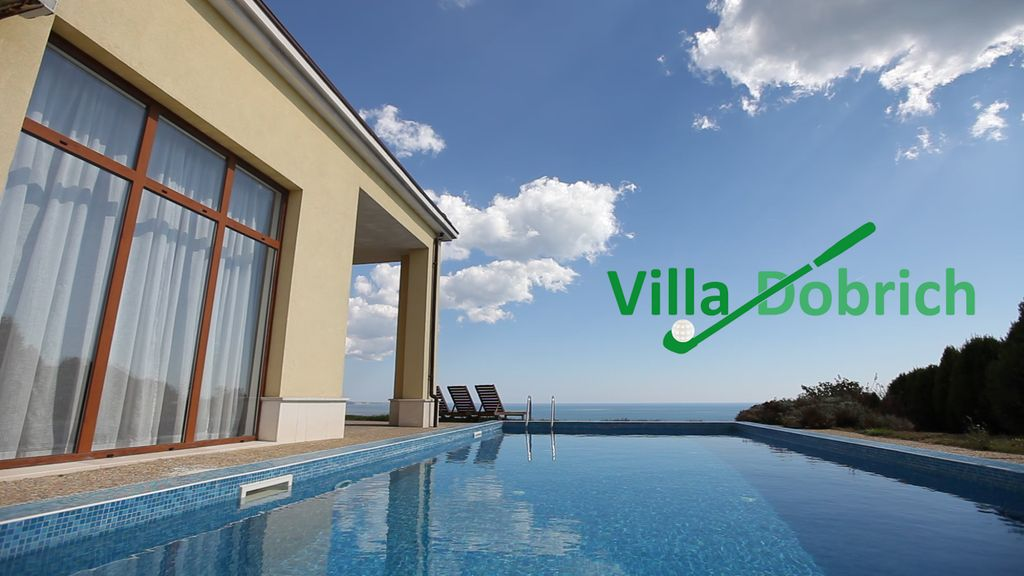 Villa at Lighthouse