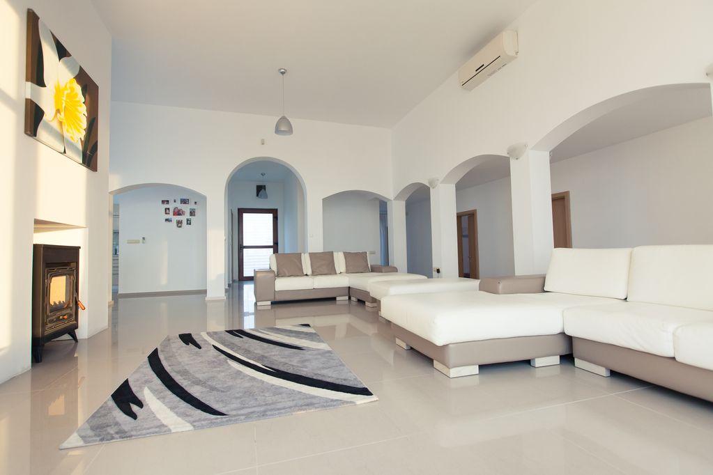 1581899802-sell-property-30c2cc79-b982-4f4f-beda-a81335f43d8f.jpg