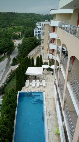 1596869740-sell-property-view_of_pool_pic1.JPG
