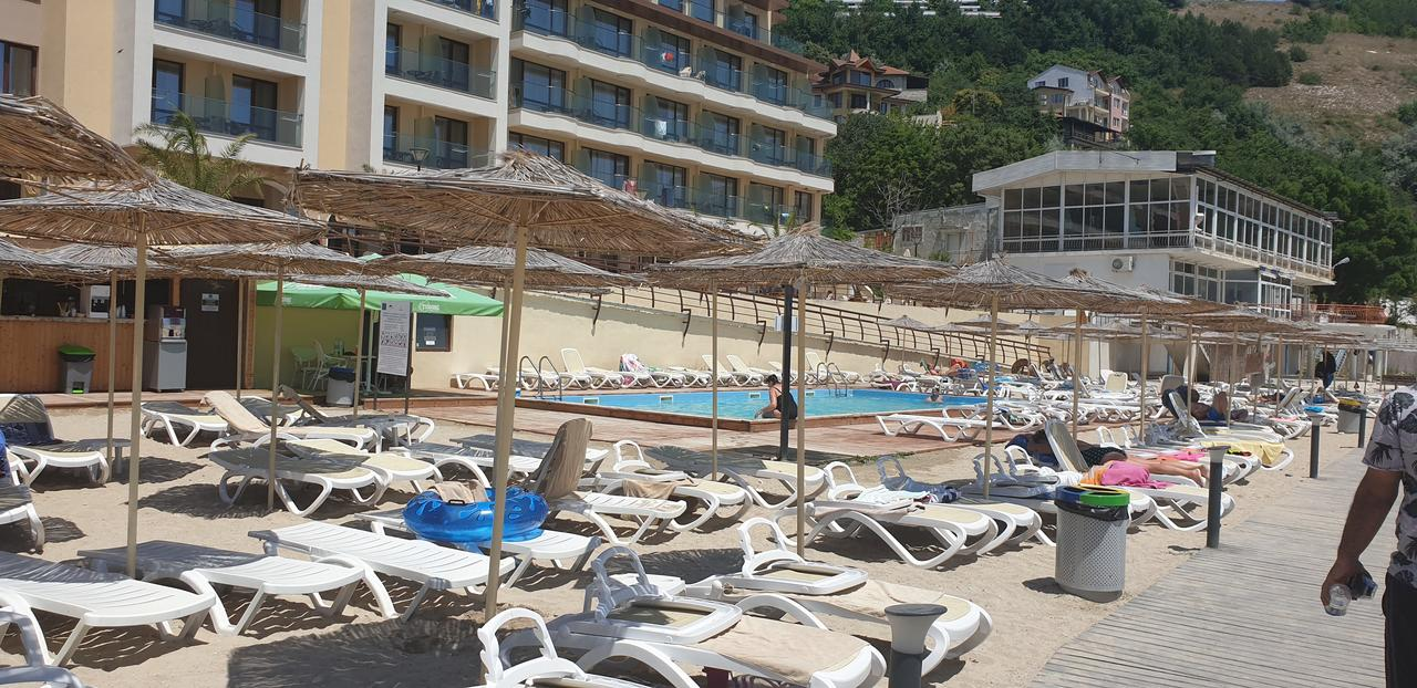 1596870101-sell-property-beach.jpg