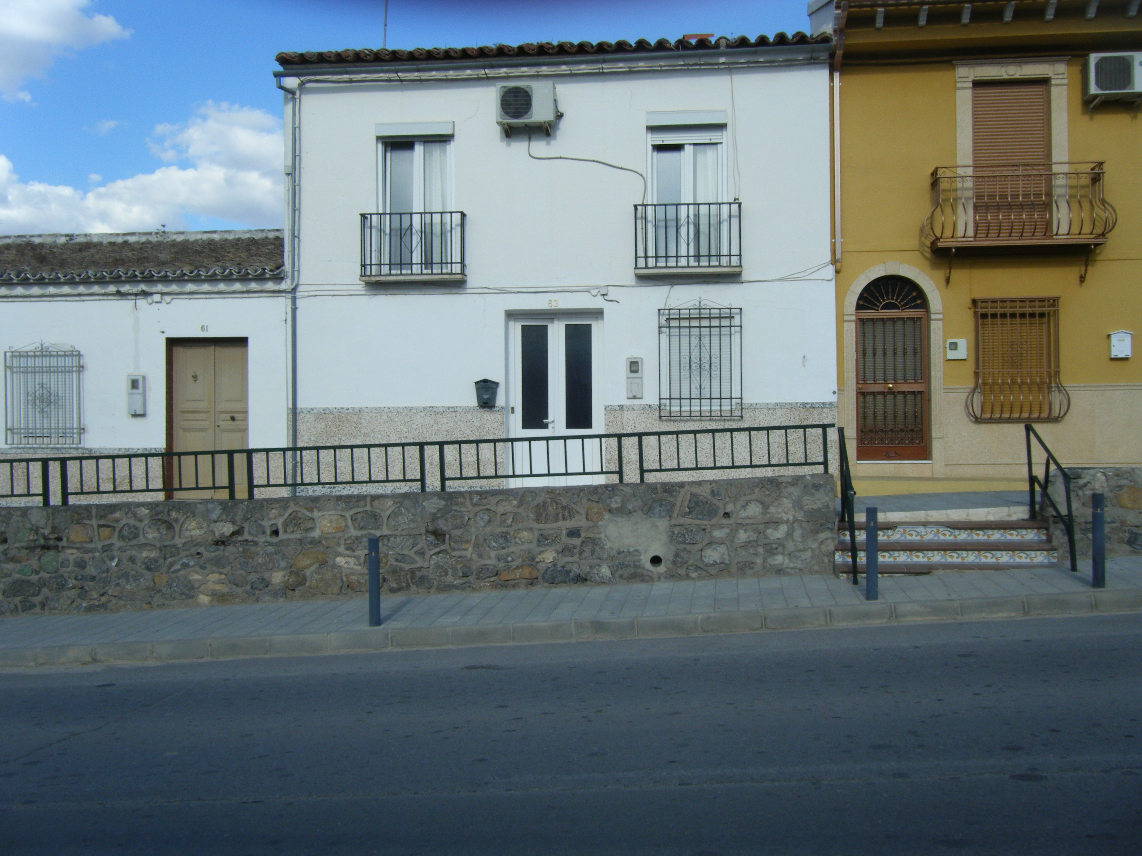 Private Townhouse for Sale in Cordoba