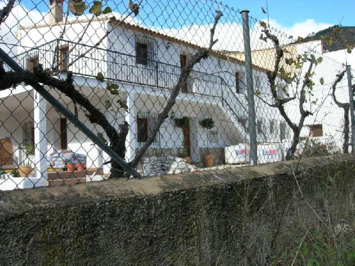 Renovated Country House for Sale in Albacete