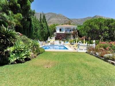 4 Bedroom Villa for Sale in Mijas Costa