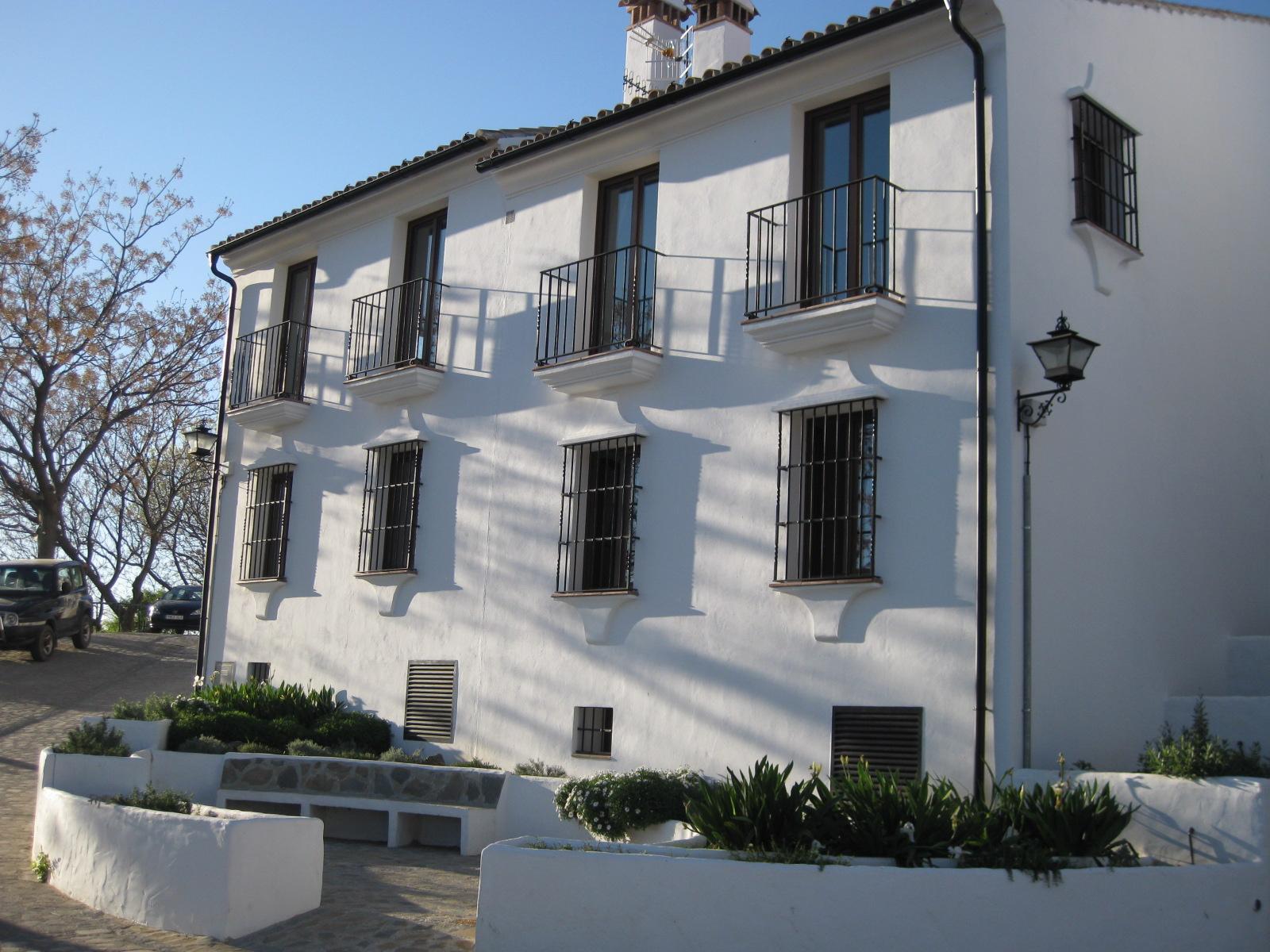 Casa Redonda Townhouses for Sale in  Zahara de la Sierra