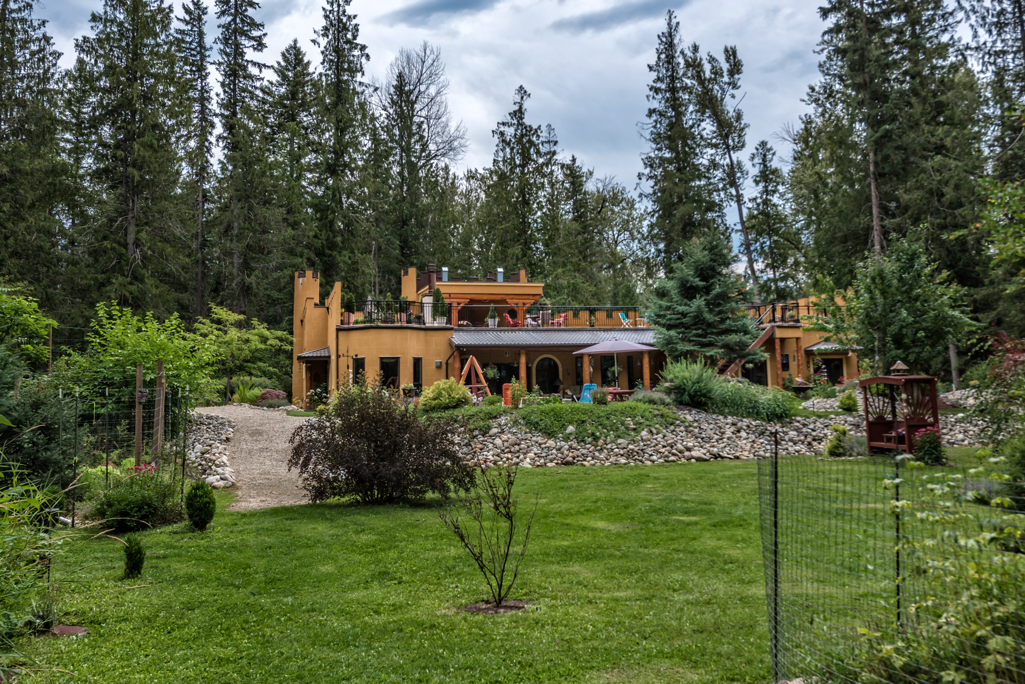 Property for Sale, Canada, British Columbia, Cherryville, Castle 20400
