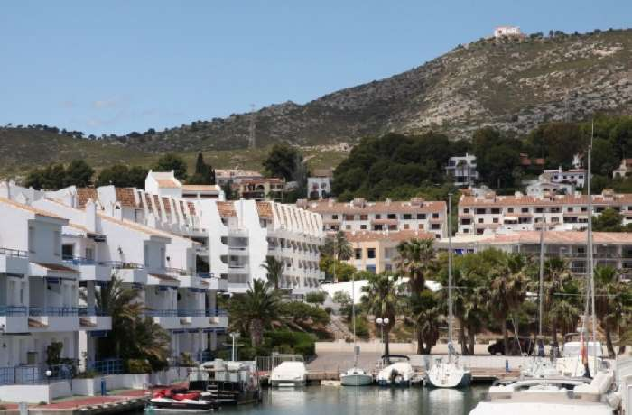 First Floor Apartment for Sale in Marinero Oeste