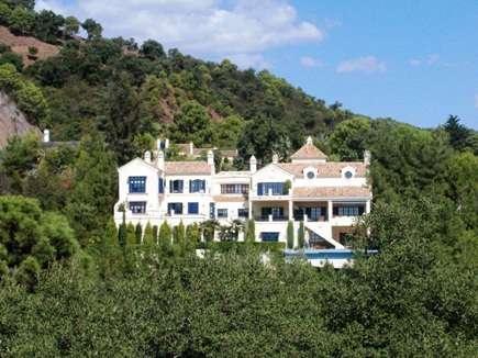 5 Bedroom Villa for Sale in Malaga Province