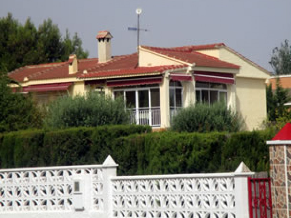 Corral de la Pedrera for Sale in Valencia Region