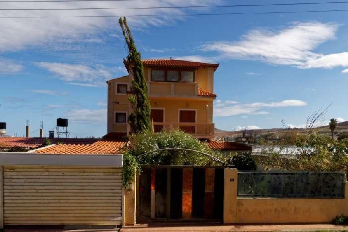 Luxury Villa ; Commercial Premises in Crete