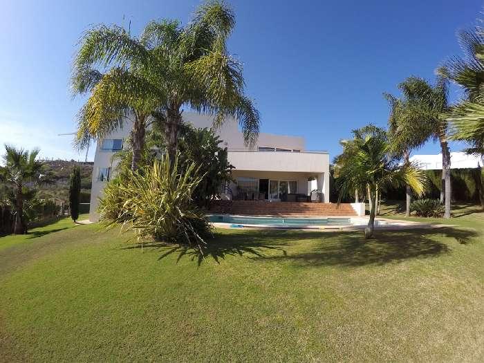 Villa for Sale in Alcaidesa Link Golf Resort, San Roque