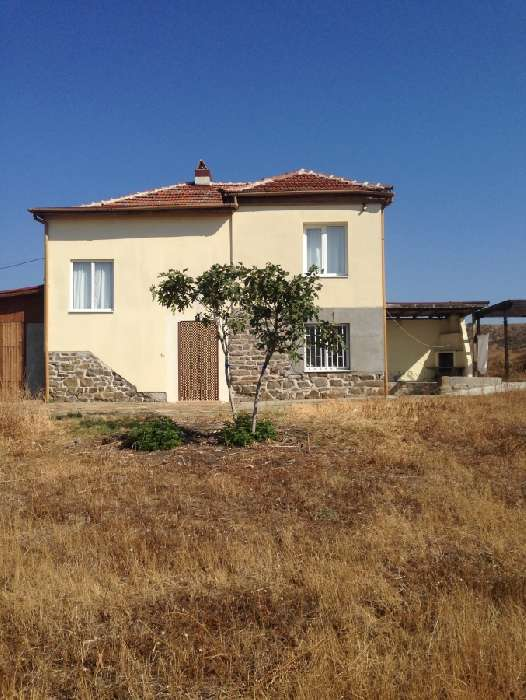 Country House for Sale in Venets