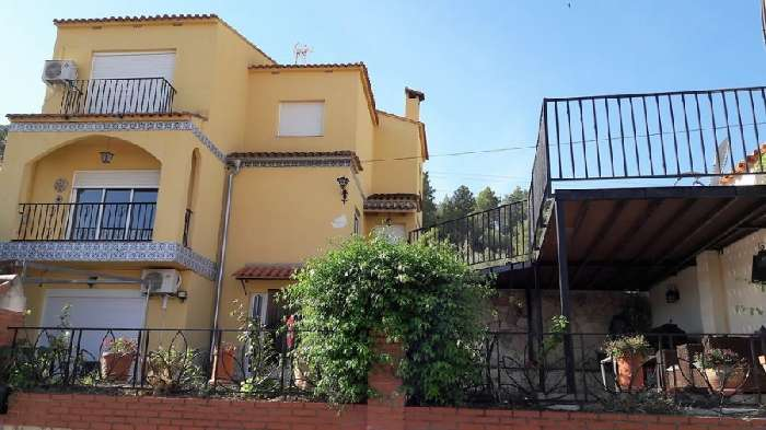 Property for Sale, Spain, Valencia, Quesa, Villa & Apartment 20396